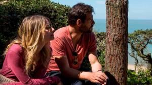 Die laatste zomer: Mélanie Laurent (Agathe Rey) en Laurent Lafitte (Antoine Rey)