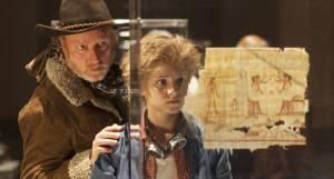 Dummie de Mummie: Ton Kas (Meester Krabbel) en Julian Ras (Goos Guts)