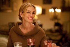 Julia Roberts (Elizabeth Gilbert)