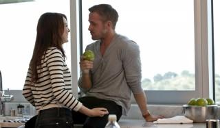 Emma Stone en Ryan Gosling in Crazy, Stupid, Love.