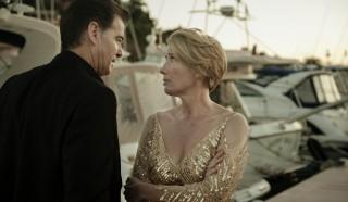 Pierce Brosnan en Emma Thompson in The Love Punch