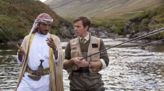 Amr Waked en Ewan McGregor in Salmon Fishing in the Yemen