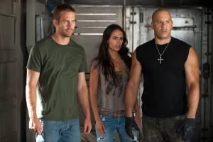 Fast & Furious 5: Jordana Brewster (Mia Toretto) en Vin Diesel (Dominic Toretto)