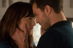 Fifty Shades Darker: Jamie Dornan (Christian Grey) en Dakota Johnson (Anastasia Steele)