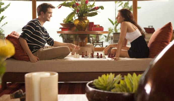 Robert Pattinson (Edward Cullen) en Kristen Stewart (Bella Swan)