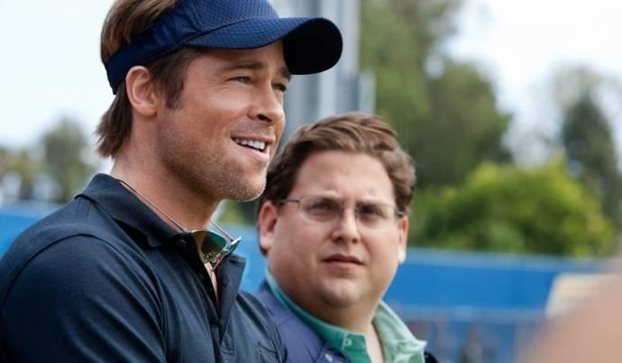 Brad Pitt (Billy Beane) en Jonah Hill (Peter Brand)
