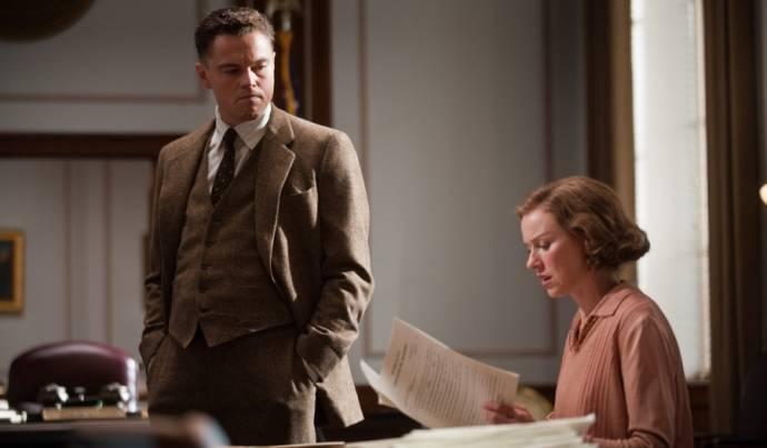 Leonardo DiCaprio (J. Edgar Hoover) en Naomi Watts (Helen Gandy)