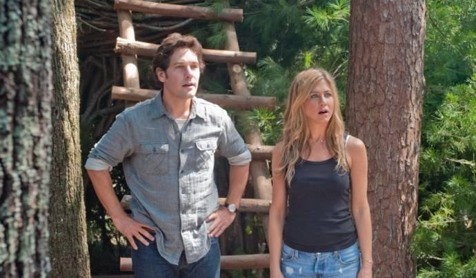 Paul Rudd (George) en Jennifer Aniston (Linda)