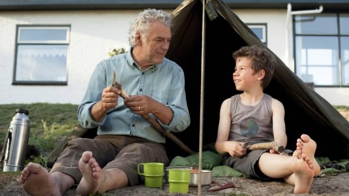 Hans Dagelet (Grootvader) en Dennis Reinsma (Swchwrm)