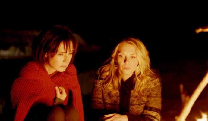 Carice van Houten (Sofie) en Jelka van Houten (Daan)
