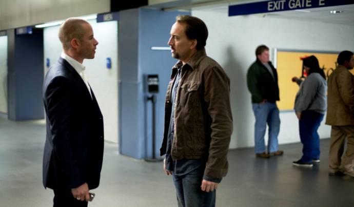 Guy Pearce (Simon) en Nicolas Cage (Will Gerard)