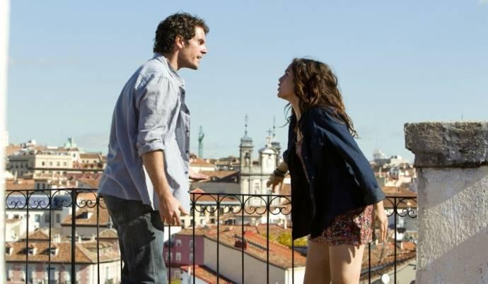 Henry Cavill (Will Shaw) en Shira Scott (Sally)