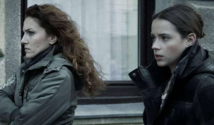 Lucia Siposová (Mirkha) en Gabriela Marcinkova (Anna)