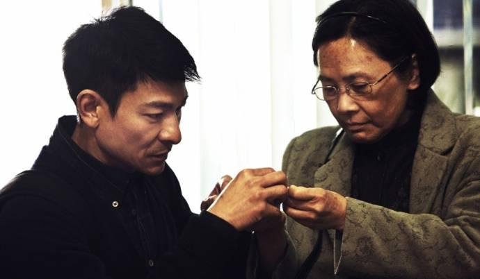 Andy Lau (Roger) en Deannie Yip (Ah Tao)