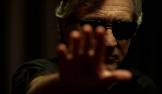 Robert De Niro (Simon Silver)