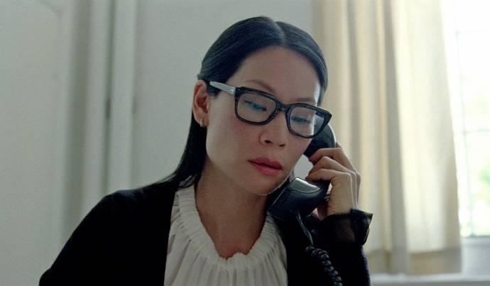 Lucy Liu (Dr. Parker)