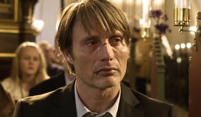 Mads Mikkelsen (Lucas)