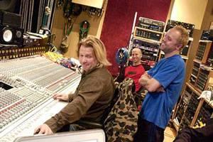 Producer Bob Rock en Lars Ulrich in Metallica: Some Kind of Monste