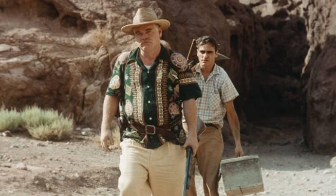 Joaquin Phoenix (Freddie Sutton)