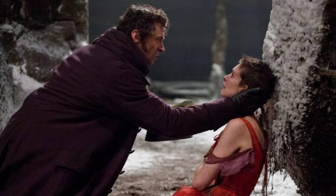 Hugh Jackman (Jean Valjean) en Anne Hathaway (Fantine)