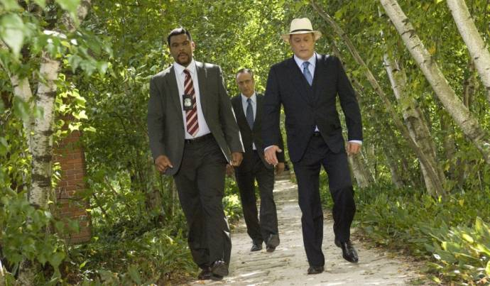 Tyler Perry (Dr. Alex Cross) en Jean Reno (Leon Mercier)