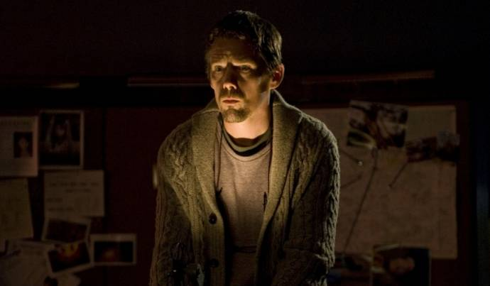 Ethan Hawke (Ellison)