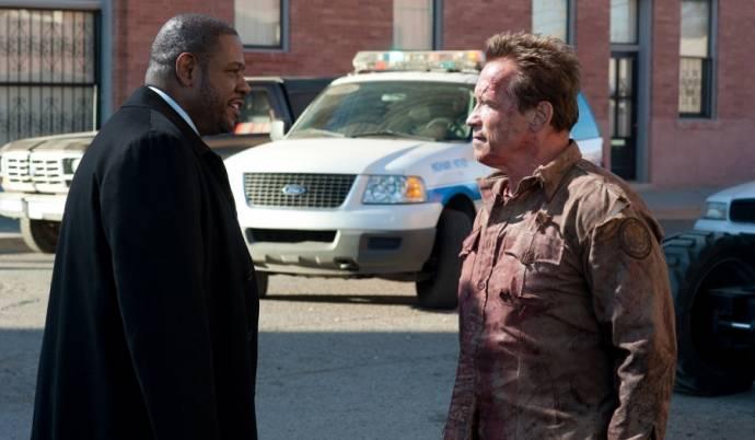 Forest Whitaker (Agent John Bannister) en Arnold Schwarzenegger (Sheriff Ray Owens)