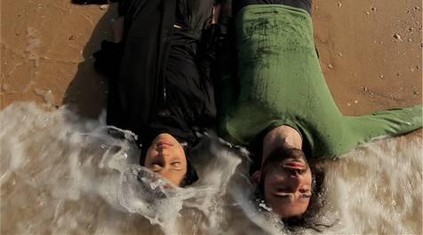 Maisa Abd Elhadi (Layla) en Kais Nashef (Qays)