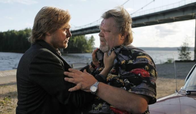 Samuli Edelmann (Timo Porola) en Vesa-Matti Loiri (Leo Porola)