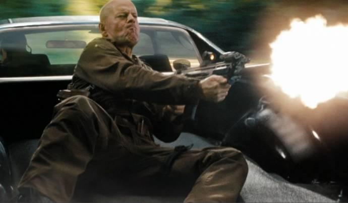 Bruce Willis (Joe Colton)