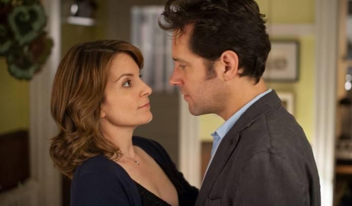 Tina Fey (Portia Nathan) en Paul Rudd (John Halsey)