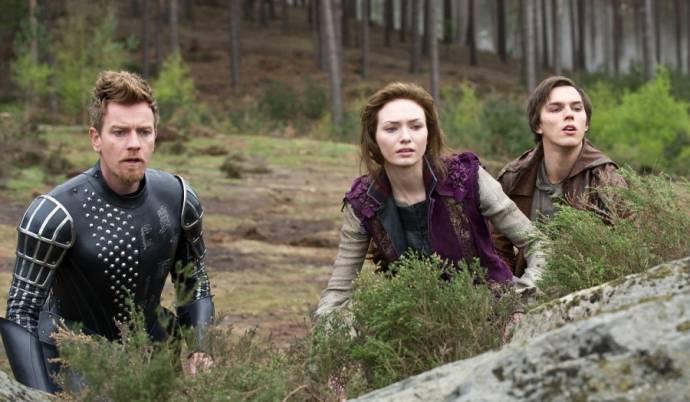 Ewan McGregor (Elmont), Eleanor Tomlinson (Princess Isabelle) en Nicholas Hoult (Jack)