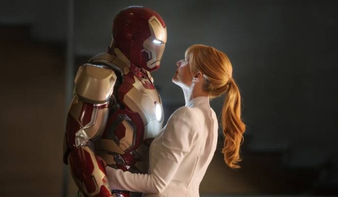 Robert Downey Jr. (Tony Stark / Iron Man) en Gwyneth Paltrow (Pepper Potts)