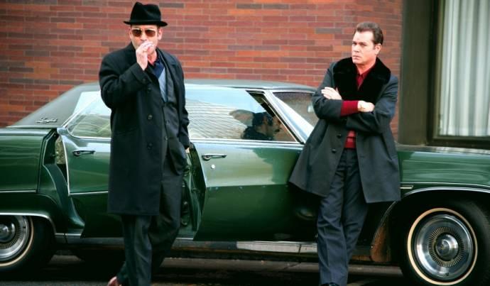 Michael Shannon (Richard Kuklinski) en Ray Liotta (Roy Demeo)