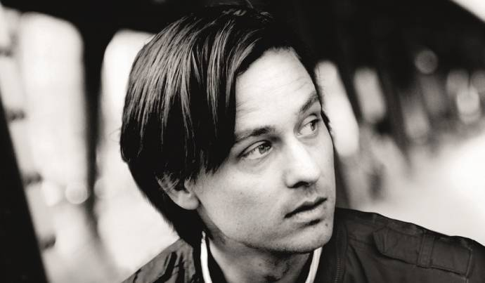 Tom Schilling (Niko Fischer)