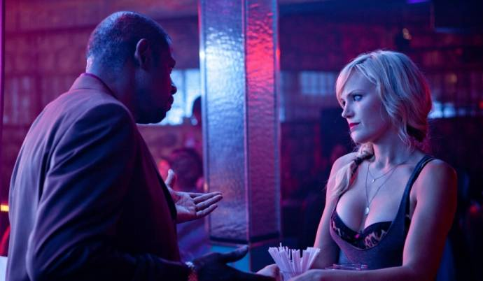 Forest Whitaker (Ronny) en Malin Akerman (Tes)
