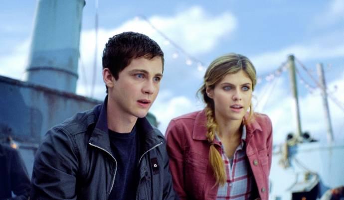 Logan Lerman (Percy Jackson) en Alexandra Daddario (Annabeth Chase)