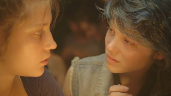 Adèle Exarchopoulos (Adèle) en Léa Seydoux (Emma)