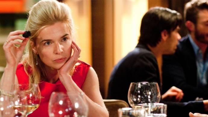 Thekla Reuten (Claire) in Ladies night: Het Diner
