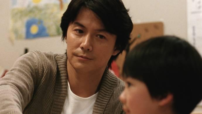 Masaharu Fukuyama en Rirî Furankî in Like Father, Like Son