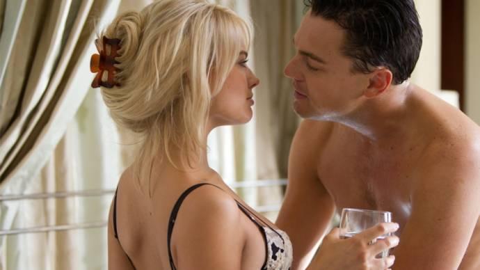 Margot Robbie (Naomi Lapaglia) en Leonardo DiCaprio (Jordan Belfort)