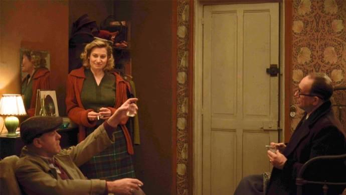 Jacques Bonnaffé (Jean Genet), Emmanuelle Devos (Violette Leduc) en Olivier Gourmet (Jacques Guérin)