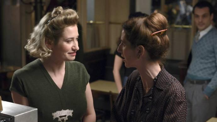 Emmanuelle Devos (Violette Leduc) en Sandrine Kiberlain (Simone de Beauvoir)