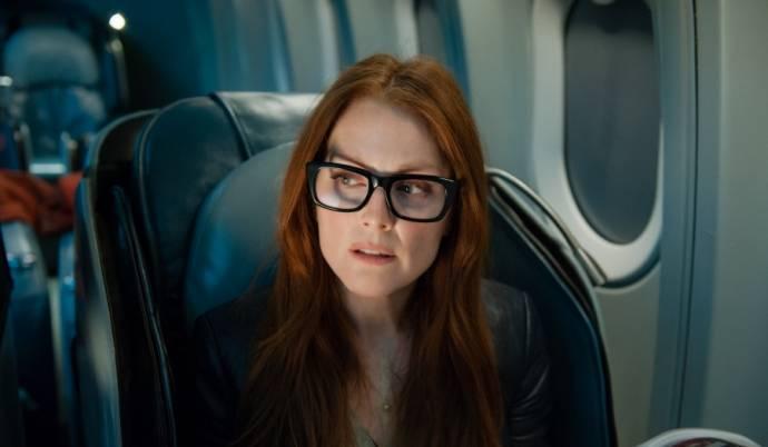 Julianne Moore (Jen Summers)