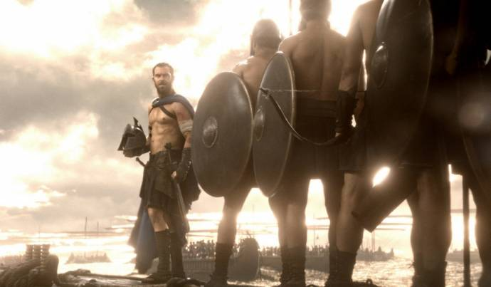 Sullivan Stapleton (Themistocles)