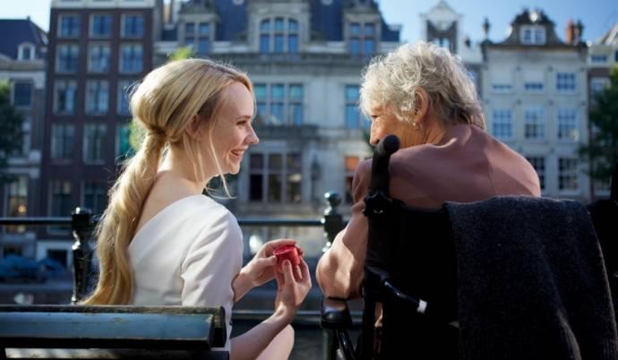 Kitty Courbois (Bep) en Bracha van Doesburgh (Katje)