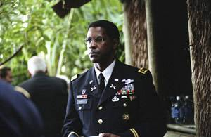 Denzel Washington (Ben Marco)