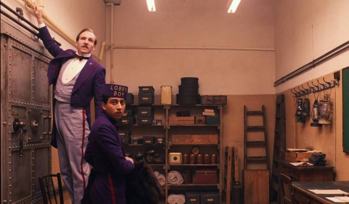 Ralph Fiennes (M. Gustave) en Tony Revolori (Zero)