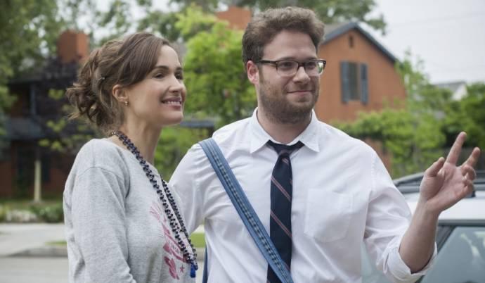 Rose Byrne (Kelly Radner) en Zac Efron (Teddy Sanders)