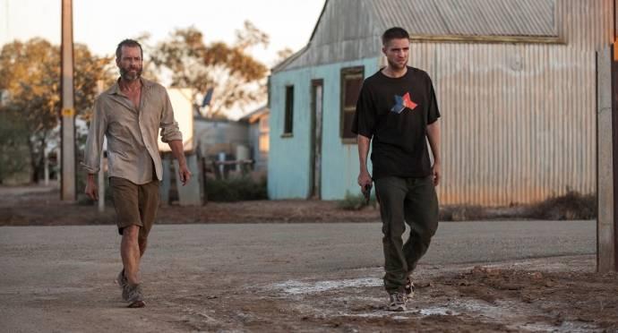 Guy Pearce (Eric) en Robert Pattinson (Reynolds)